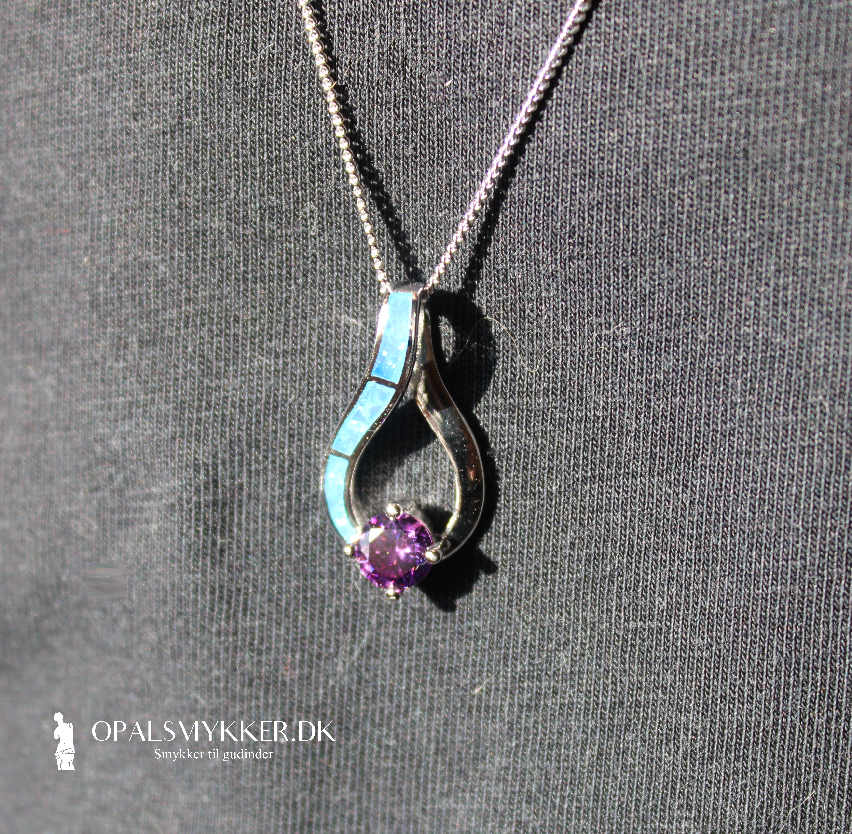 Græsk opal smykke vedhæng og halskæde